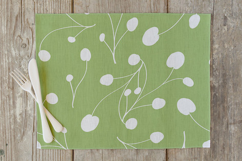 Posy Florets Self Launch Placemats
