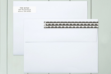 Modern Scallop Skinnywrap™ Address Labels