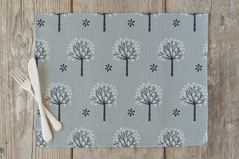 Flowering Trees Self Launch Placemats