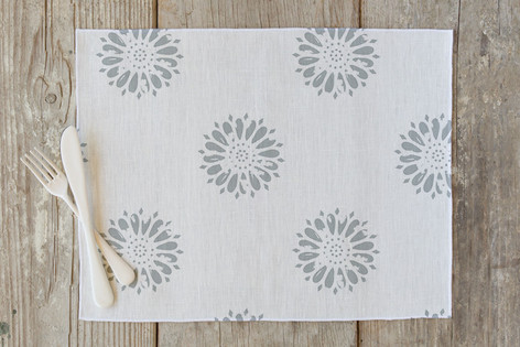 Vintage Floral Blossom Self Launch Placemats
