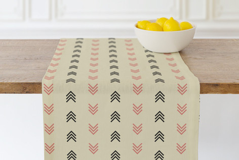 stache + kiss-1 Self Launch Table runners