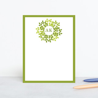 Wreath in Green Personalized Stationery
